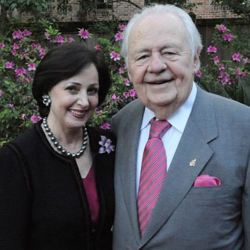 Gayle and Tom Benson 
