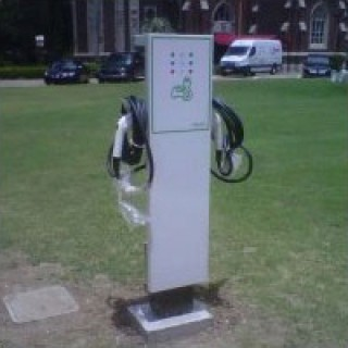 new-orleans-loyola-electric-charger